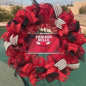 Chicago Bulls Deco Mesh Wreath Handmade New